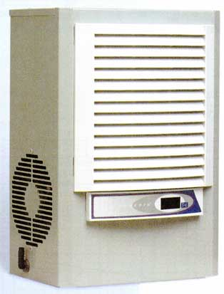 Hoffman, McLean M170246G400 460V, 1PH 1800BTU Air Conditioner
